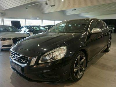 begagnad Volvo V60 T4F / R-Design / Navi / Skinn / 180 hk /