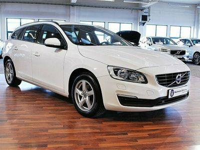 begagnad Volvo V60 T3 152 HK Kinetic Classic *Drag*