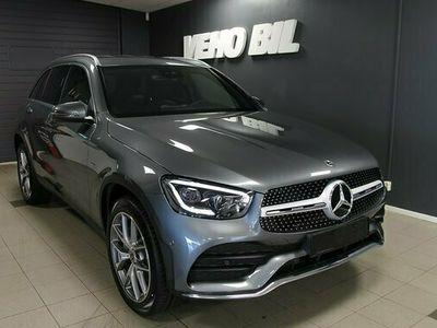 begagnad Mercedes 300 GLC Benzde 4MATIC AMG Dragkrok 2021, SUV Pris 747 750 kr