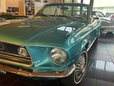 begagnad Ford Mustang V8 Cab
