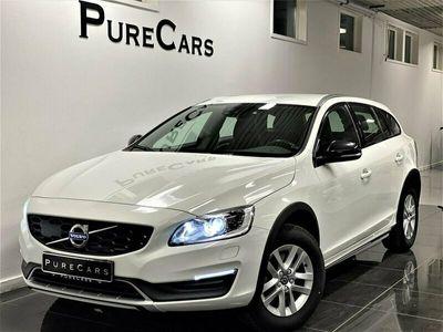 begagnad Volvo V60 CC D4 Geartronic Momentum | Dragkrok | 1Ägare | Moms
