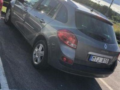 used Renault Clio -12