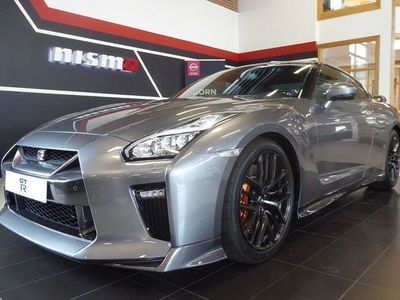 begagnad Nissan GT-R 570 BLACK EDITION 6A/T COLD PACK
