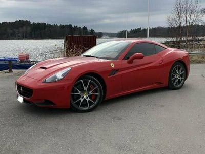 begagnad Ferrari California V8 DTC 460hk