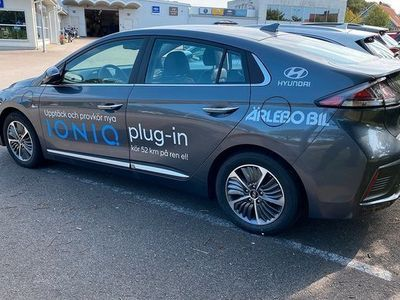 begagnad Hyundai Ioniq Plug-in 1.6 8.9 kWh DCT Premium 2020, Halvkombi 289 500 kr