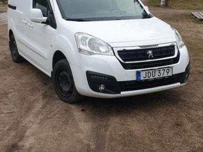 begagnad Peugeot Partner 1.6 BlueHdi 100hk