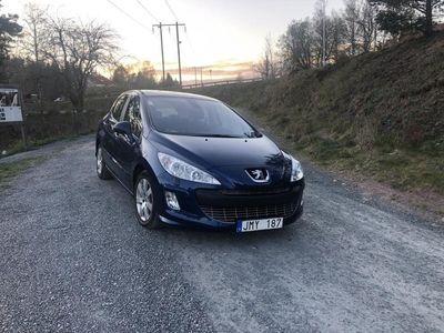 begagnad Peugeot 308 5-dörrar 1.6 HDi FAP PANORAMA