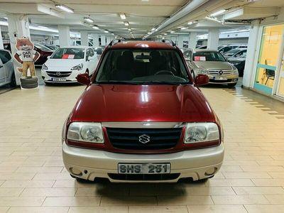 begagnad Suzuki Grand Vitara 2.5 4WD Automat 144hk LÅG MIL