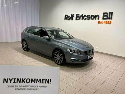 begagnad Volvo V60 D4 AWD Classic VÄLUTRUSTAD LÅGMILARE 2018, Kombi Pris 254 500 kr