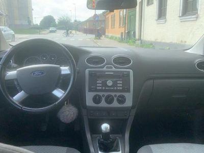 begagnad Ford Focus Kombi 1.8 Duratec