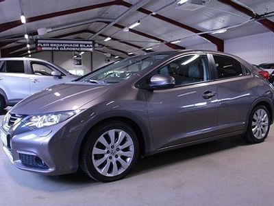 begagnad Honda Civic 1.8 i-VTEC 142hk Executive -13