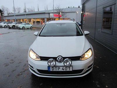 begagnad VW Golf VII 1.6 TDI BlueMotion Sportscombi 4Motion (105hk)