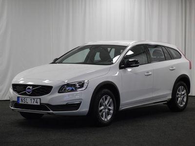 begagnad Volvo V60 CC D4 AWD Momentum BE (VOC, PDC-bak)