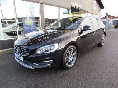 begagnad Volvo V60 D4 AWD Geartronic Ocean Race Euro 6