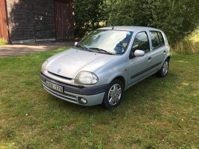 begagnad Renault Clio bes/skattad 1,4
