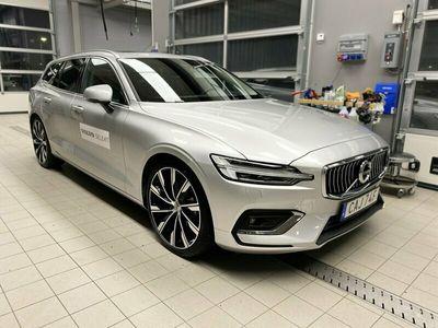 begagnad Volvo V60 D4 AWD Inscription 2021, Kombi Pris 529 500 kr