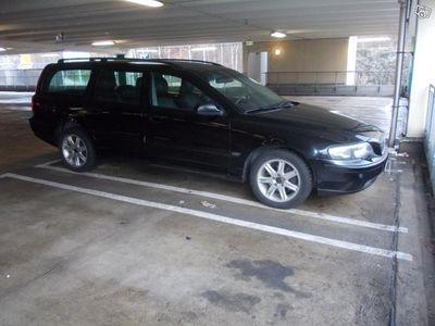 begagnad Volvo V70 2,4 170 hk automat välvårdad -03