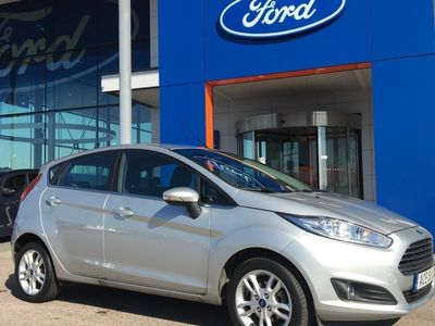 begagnad Ford Fiesta 1.0 EcoBoost 100Hk Automat