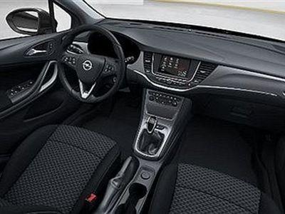 begagnad Opel Astra Dynamic 5d 1.4T /125 hk Navi 900