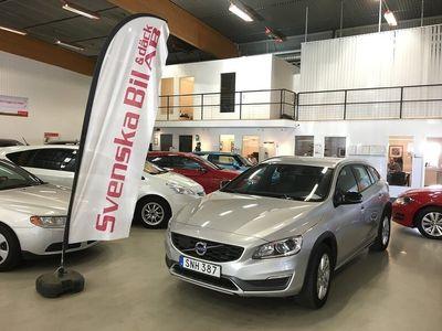 begagnad Volvo V60 CC D4 AWD AUT Business Ed (1.79% Ränta)