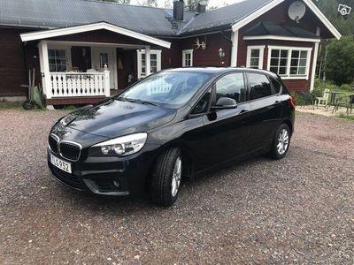 begagnad BMW 218 Active Tourer d Advantage Euro 6 150hk