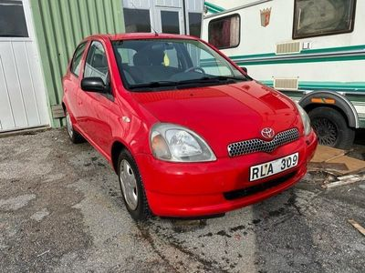 begagnad Toyota Yaris 1.0 halvautomat ny bes
