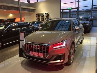 begagnad Audi S2 Q2300hk quattro S-tronic -19