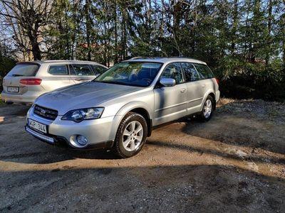 begagnad Subaru Outback 2.5