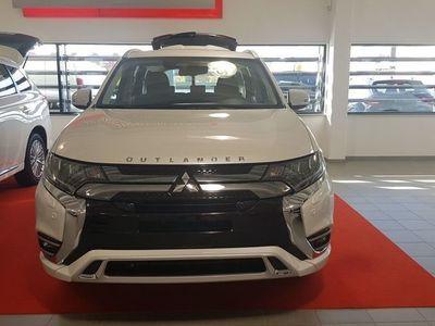 begagnad Mitsubishi Outlander NYA KOMFORT PHEV