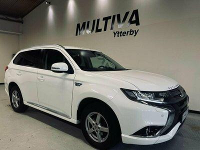 begagnad Mitsubishi Outlander P-HEV 2.0 Hybrid 203hk Automat 4WD