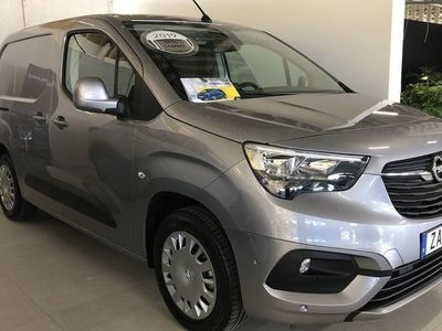 begagnad Opel Combo Launch Edition L1H1 1.5D 100HK