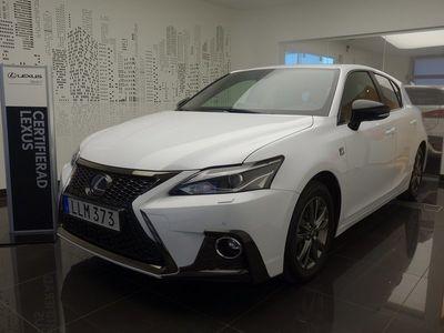 begagnad Lexus CT200h 1.8 CVT F Sport Line Euro 6 2018, Halvkombi 259 000 kr
