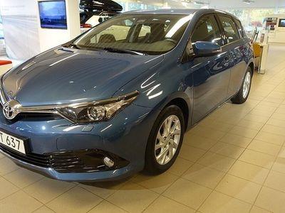 begagnad Toyota Auris 1,2T MAN 5-D ACTIVE V-HJUL