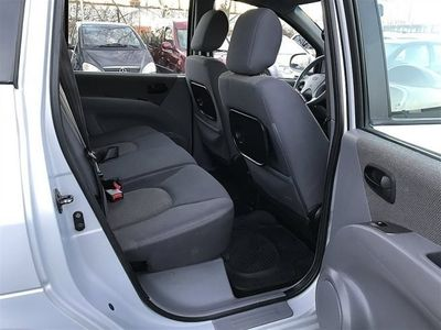 begagnad Hyundai Matrix 1.8 Nybesiktad Kamrem bytt