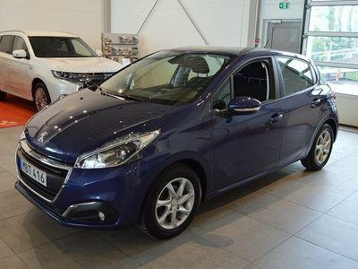 begagnad Peugeot 208 1.2 VTi Active 5D
