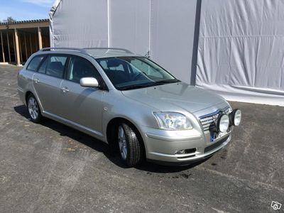 used Toyota Avensis 2.0 W/G Bus C -05