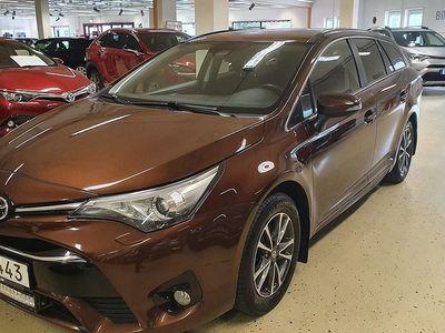 begagnad Toyota Avensis Kombi 1.8 Active Plus Navigation