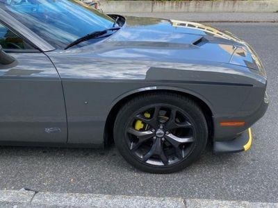 begagnad Dodge Challenger sxt v6