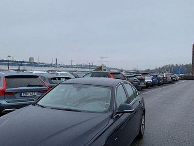 begagnad BMW 320 i Sedan Luxury Line