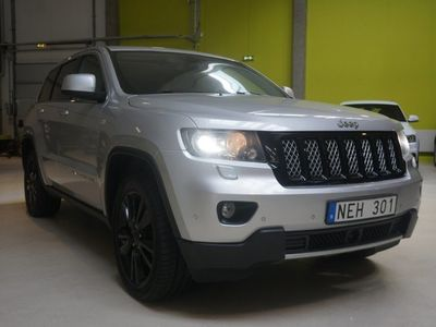 begagnad Jeep Grand Cherokee 3.0 V6 S Limited 4WD Navi Panorama (241hk)