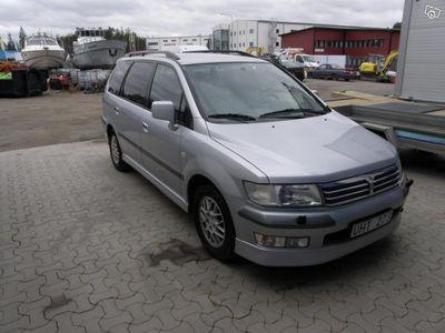begagnad Mitsubishi Space Wagon 2,4GDI AUT 6-sits -04