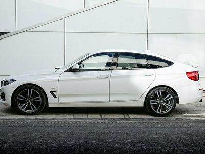 begagnad BMW 320 Gran Turismo d xDrive Sport line 190hk / Värmare