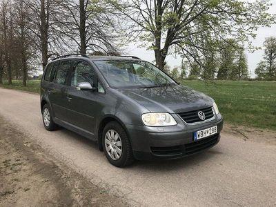 begagnad VW Touran 1.6 FSI Svensksåld, 1 P. äg