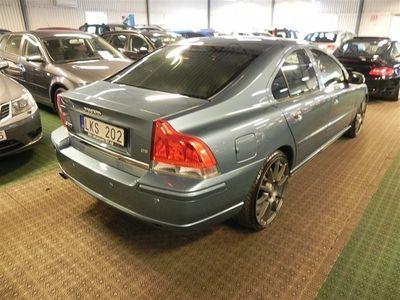begagnad Volvo S60 D5 185HK / Sänkt / 20 Tum