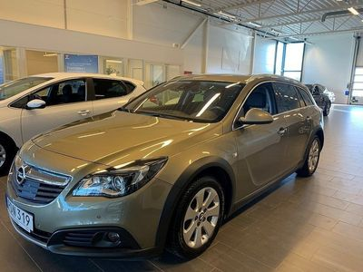 begagnad Opel Insignia Country Tourer 2.0 170hk / V-HJUL / DRAG