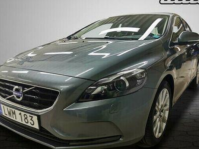 begagnad Volvo V40 D2 Your Momentum VOC Teknikpaket 2016, Kombi Pris 149 500 kr