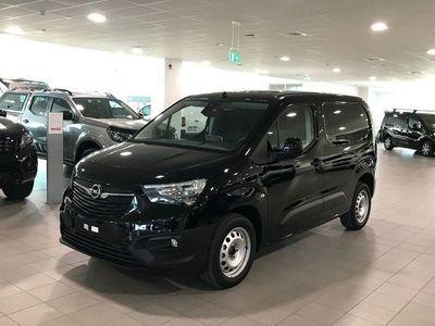 begagnad Opel Combo 4 - dörrars 1.5 Manuell, 101hk, 2019