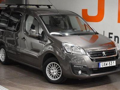 begagnad Peugeot Partner Tepee Active+ 1,6 BlueHDi 100hk Aut - DRAGKROK