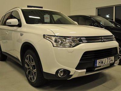 """usata Mitsubishi Outlander P-HEV 2,0 HYBRID 4WD 18"""" KAMERA PADDLAR 2015, SUV 248 000 kr"""