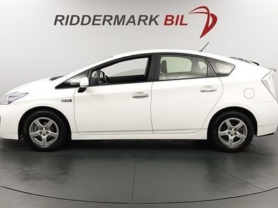 begagnad Toyota Prius Plug-in Hybrid 1.8 136hk Nyservad